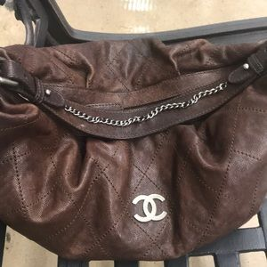 CHANEL BROWN OUTDOOR LIGNE HOBO WITH DUST COVER d63679e5d7b73